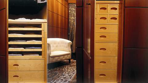 Luxury customized italian furnitured produced of solid wood
